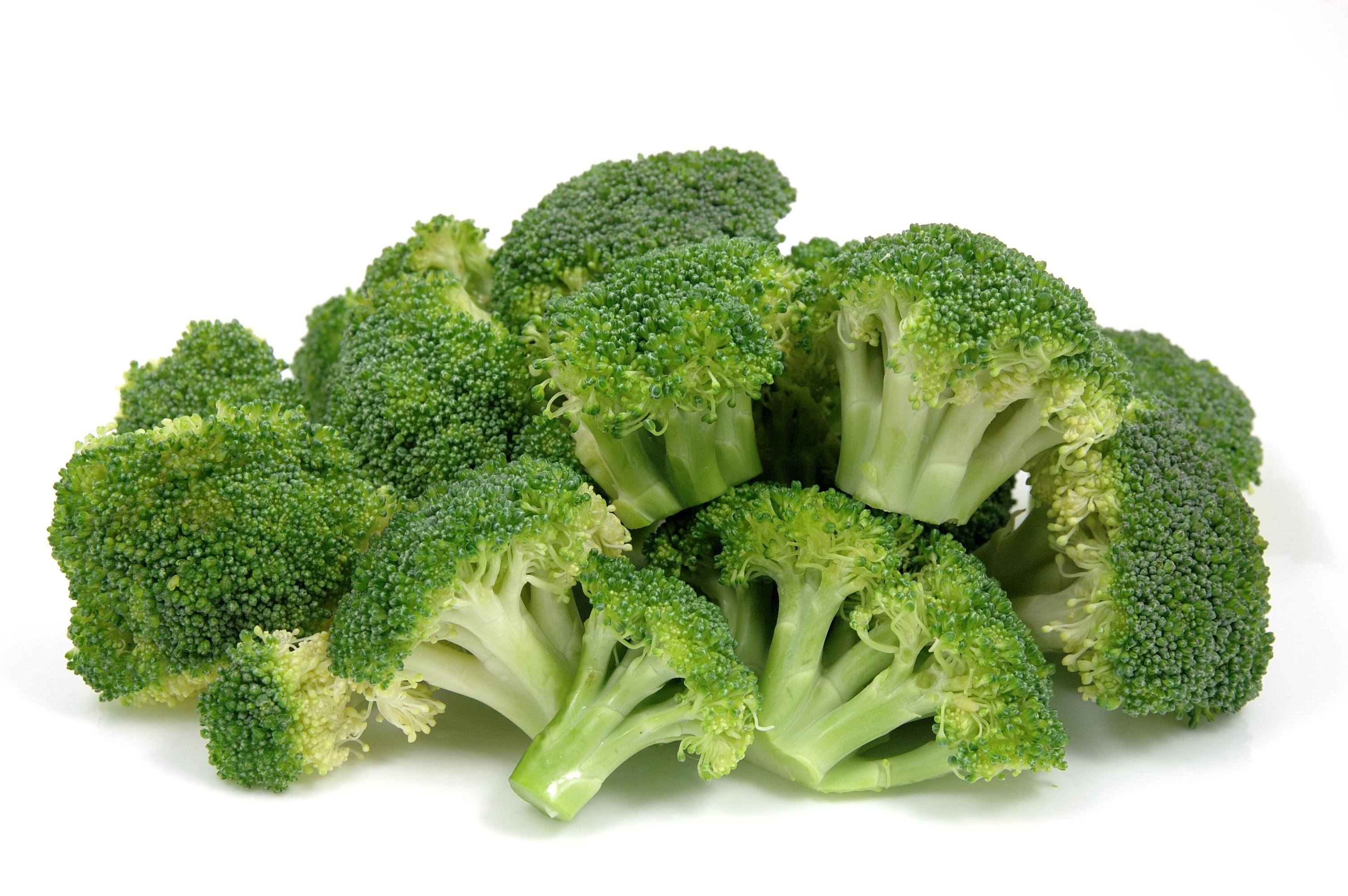 bigstock-Fresh-Broccoli-1665344-1.jpg